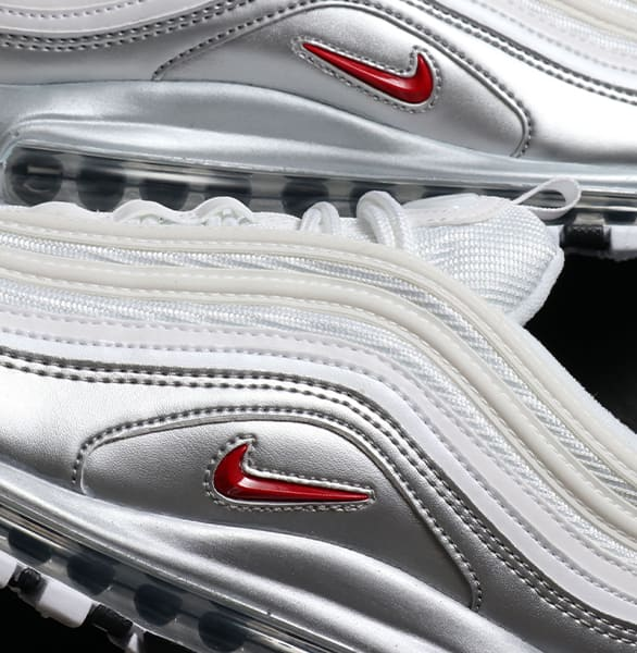 FEATURES NIKE AIR MAX 97 スタイル2