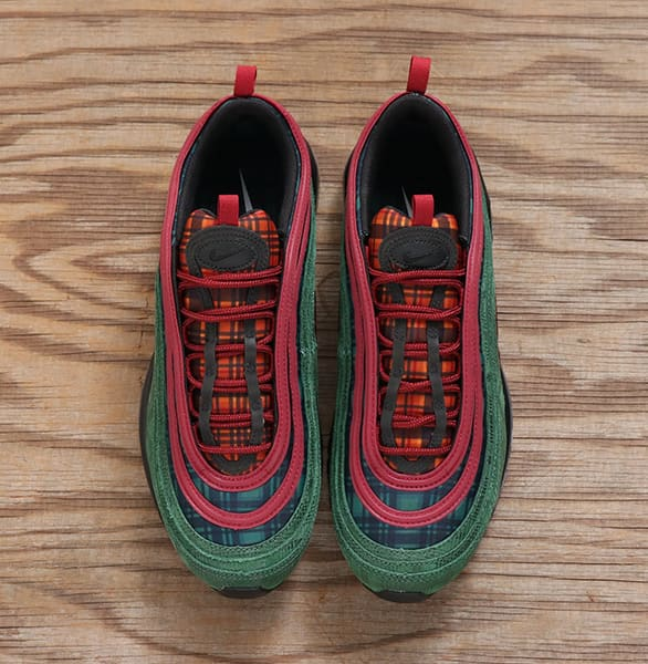 FEATURES NIKE AIR MAX 97 スタイル3