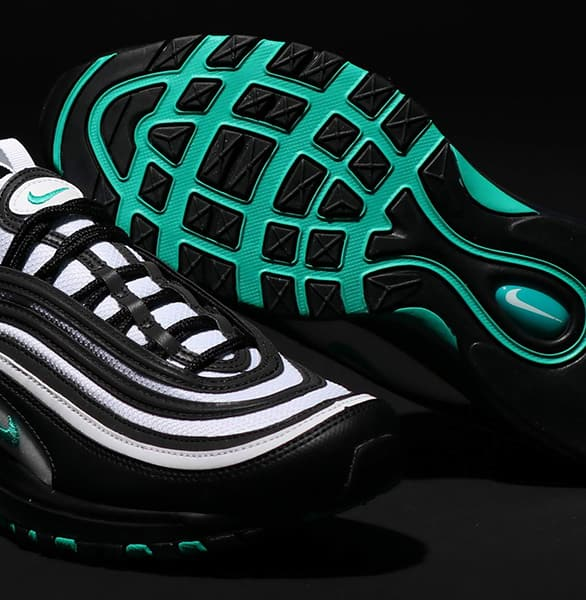 FEATURES NIKE AIR MAX 97 スタイル4