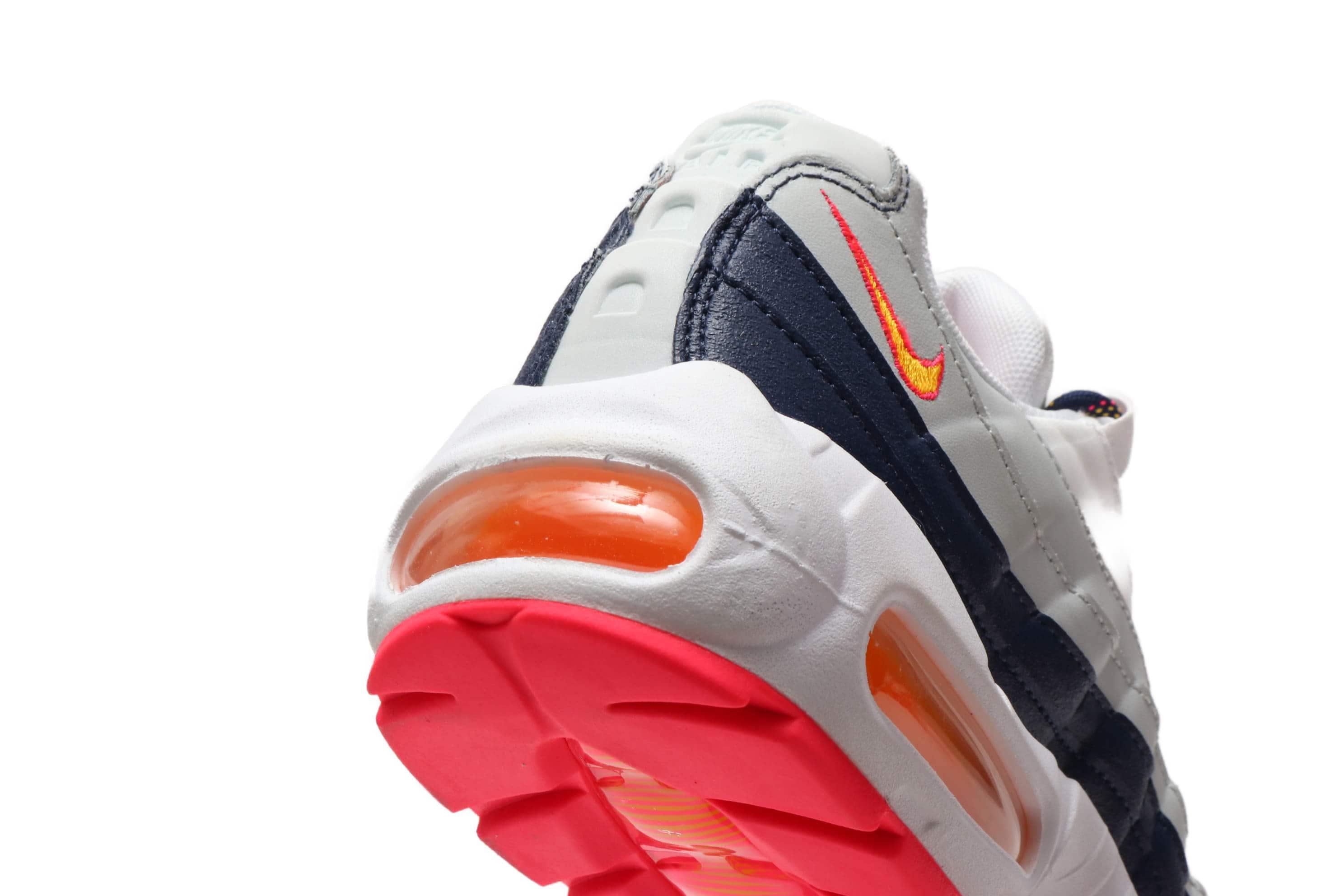 Nike Wmns Air Max 95 Midnight Navy Laser Orange