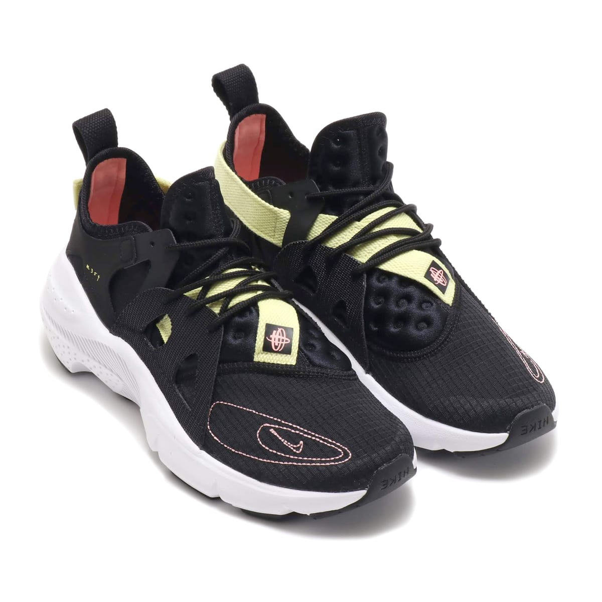 NIKE HUARACHE-TYPE BLACK/PINK TINT-BLACK-ZINNIA 19FA-S_photo_large
