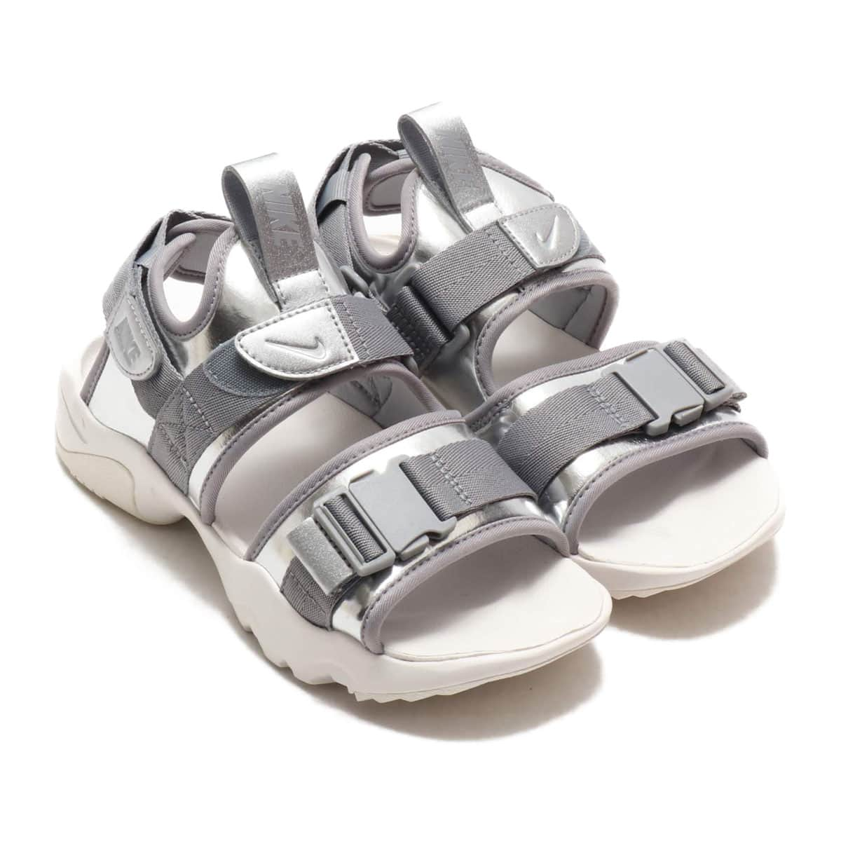 NIKE WMNS CANYON SANDAL METALLIC SILVER/PARTICLE GREY 20SU-S_photo_large